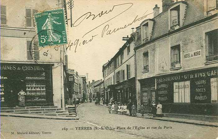Rue de Paris, angle rue de l'Eglise