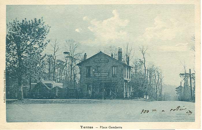 Place Gambetta vers 1940