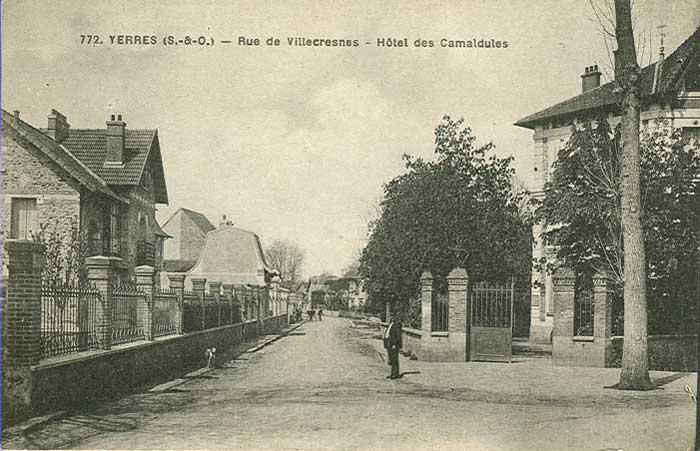 Rue de Villecresnes (René Coty)