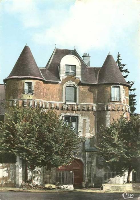 Château Guillaume Budé